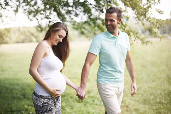 how to include your husband in pregnancy, how to involve your husband in pregnancy, newborn, pregnancy, pregnancy tips