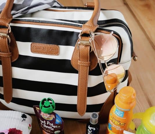 diaper bag essentials, diaper bag essentials for toddlers, how to pack a diaper bag for toddlers