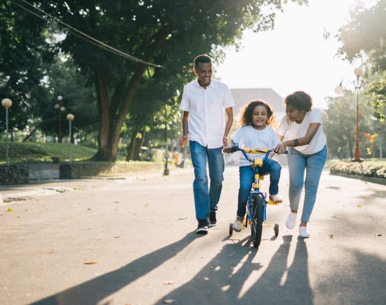 4 Peaceful Parenting Methods To Use In 2021